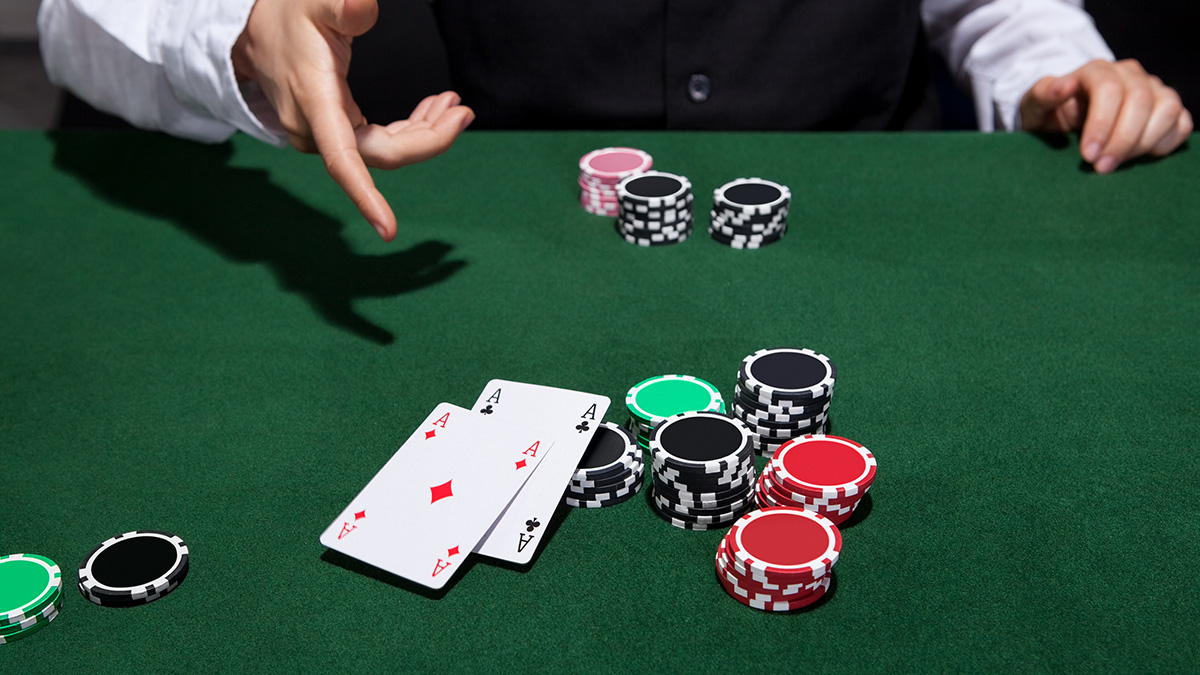 Top Winning Tricks to Play Poker Online – bcaqq